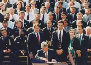 Clinton_signing_AWB