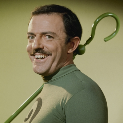 John_Astin_Riddler_Mug_dc_database