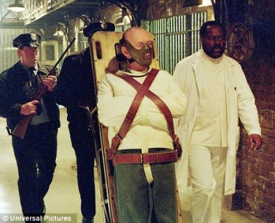 Silence_Of_The_Lambs-Hannibal-restrained-dailymail