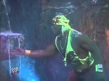 WCW_Hulk_Hogan_Dungeon_of_Doom